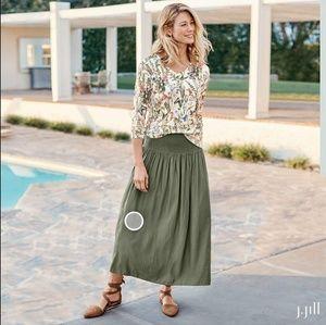 J.Jill Smocked Waist Maxi Skirt Small Petite 🌿